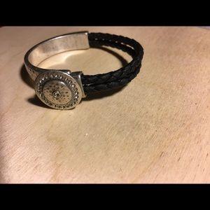Premier Designs Jewelry Buttons Bracelet